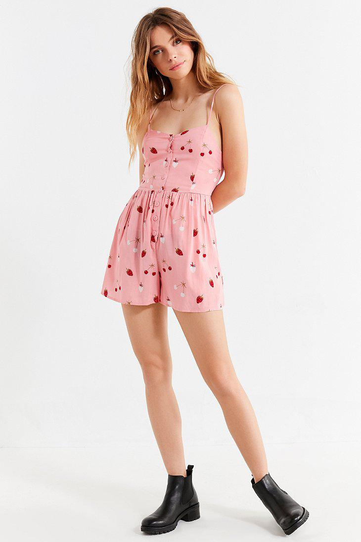 c1be59ff3673 Lyst - Urban Outfitters Uo Poppy Sweetheart Button-down Romper in Pink