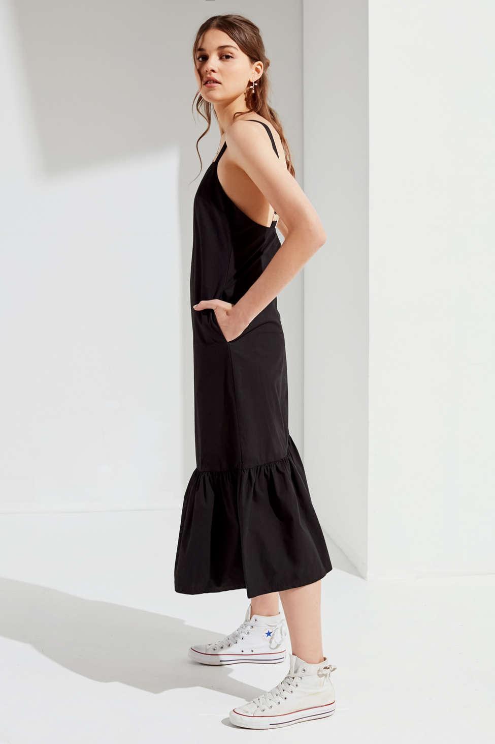 151486b8425a Lyst - Urban Outfitters Uo Mia Poplin Ruffle Hem Midi Dress in Black