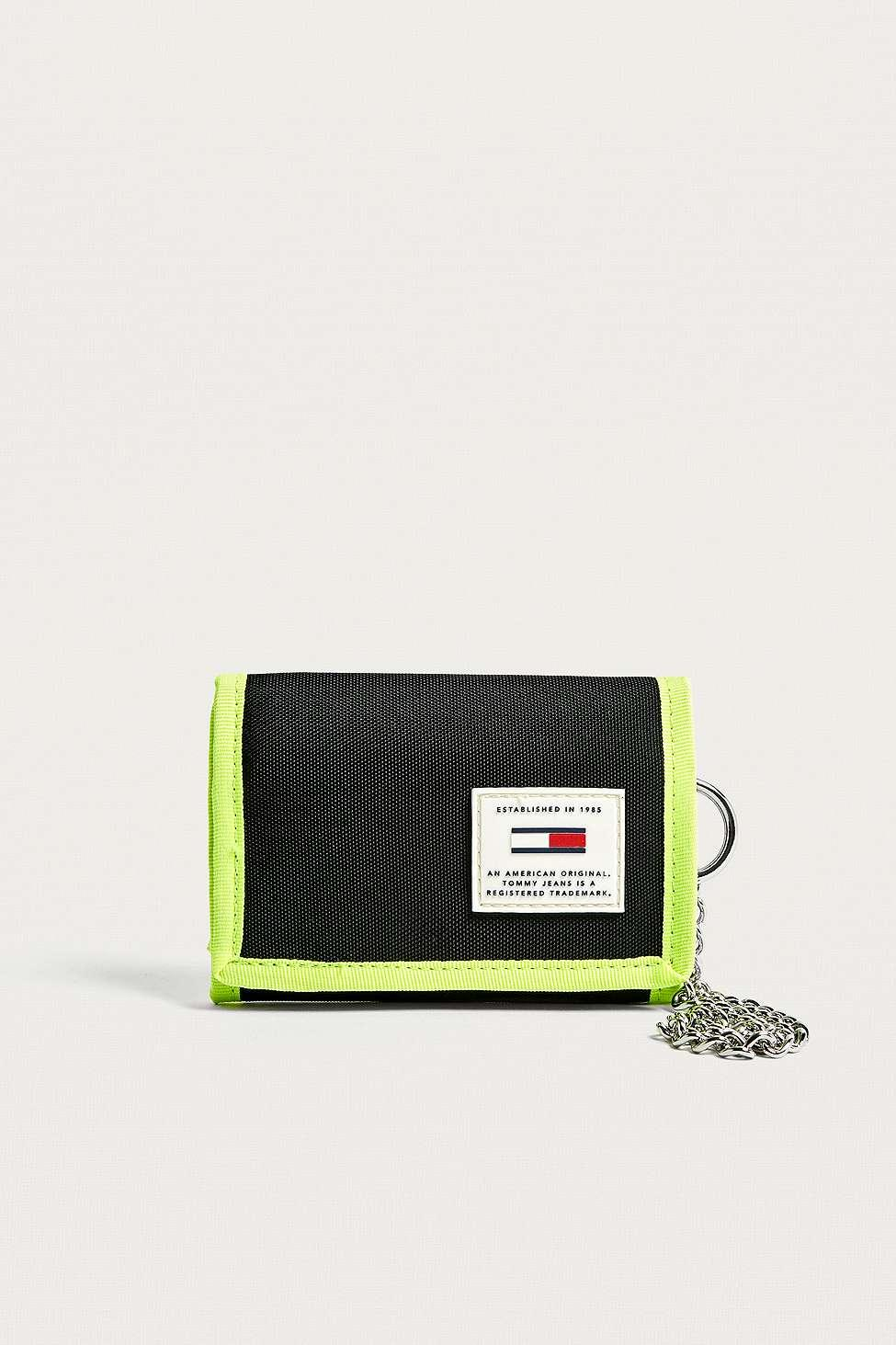 c3e370f1 Tommy Hilfiger Original Trifold Wallet - Womens All in Black - Lyst