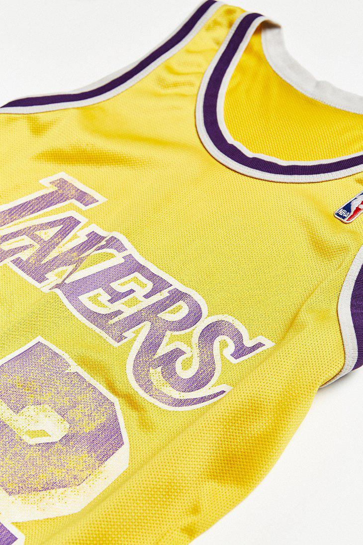 2ebed4bbaa0 Urban Outfitters Vintage Champion Magic Johnson Los Angeles Lakers ...