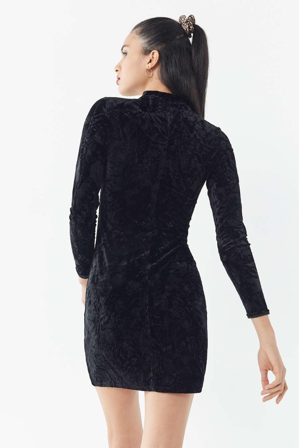 00665d134260 Lyst - Urban Outfitters Uo Ice Crusher Velvet Mock-neck Mini Dress ...