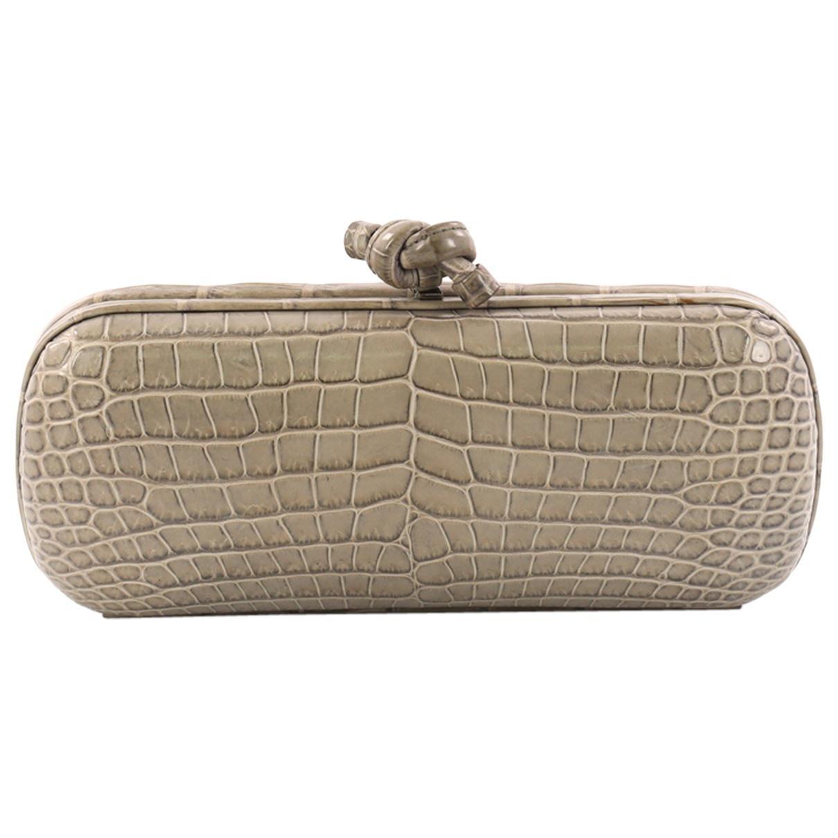 Lyst - Bottega Veneta Pre-owned Pochette Knot Crocodile Clutch Bag ... d75007264b9af