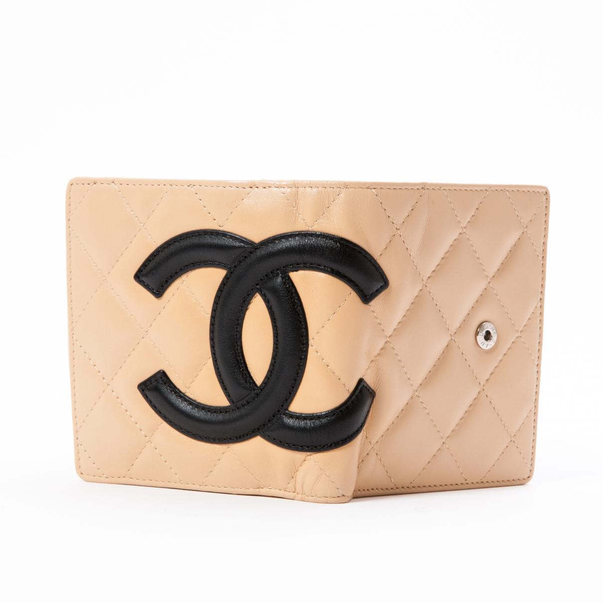 2ad479fc5fb2fa Lyst - Portefeuille en cuir Chanel en coloris Neutre
