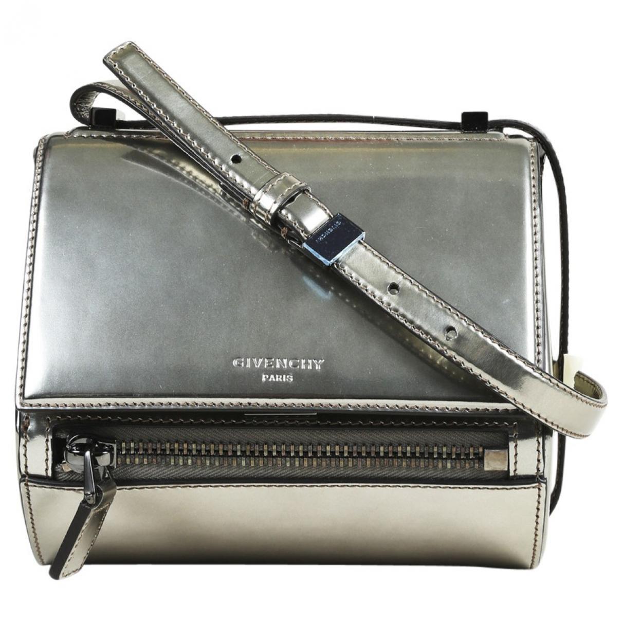 bec0391c430 Lyst - Sac bandoulière Pandora en cuir verni Givenchy en coloris ...