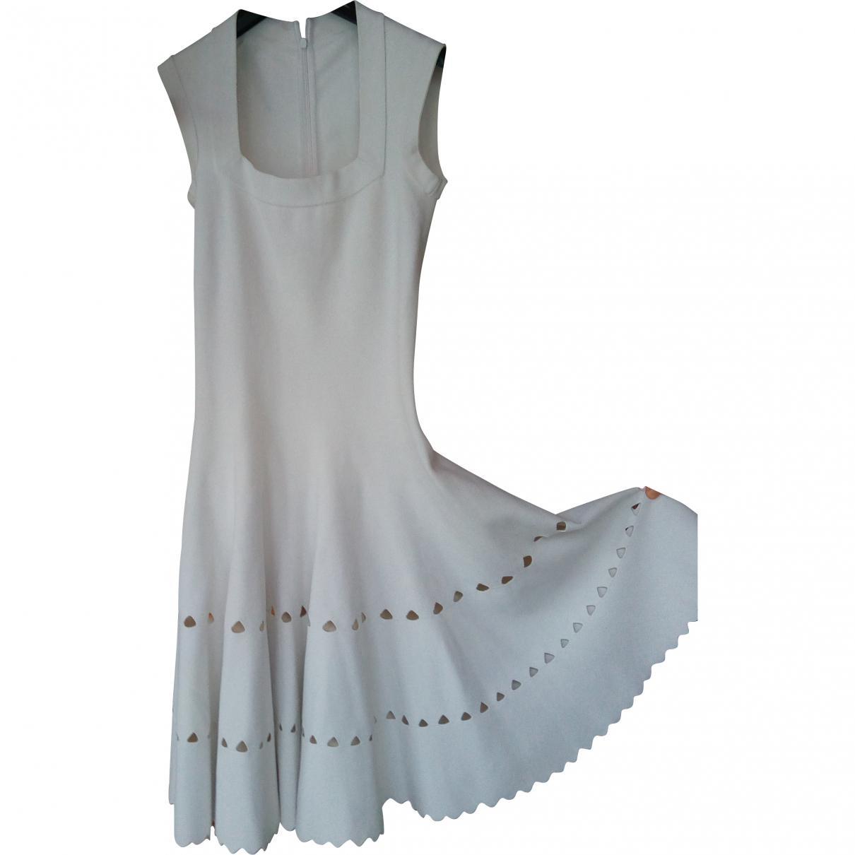 a10beeeca12 Alaïa Mid-length Dress in White - Lyst