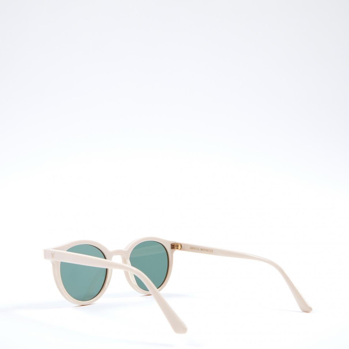 c1ffe5f39d3e Lyst - Gentle Monster Pre-owned Ecru Plastic Sunglasses