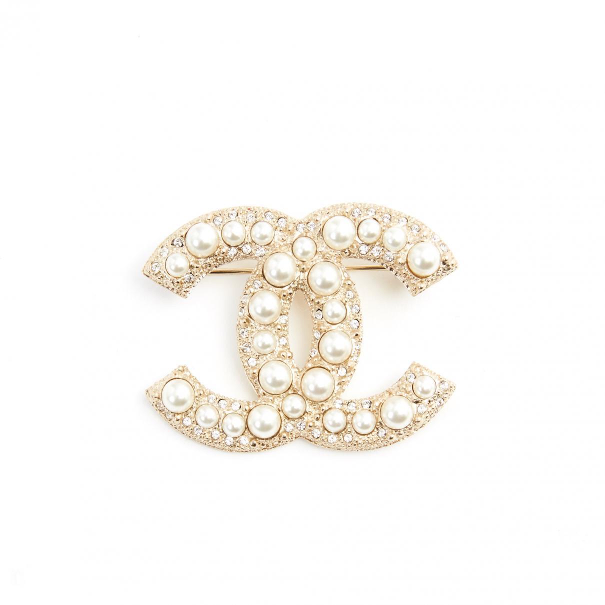 Lyst - Chanel Pre-owned Pin   Brooche in Metallic a5fec2f228d
