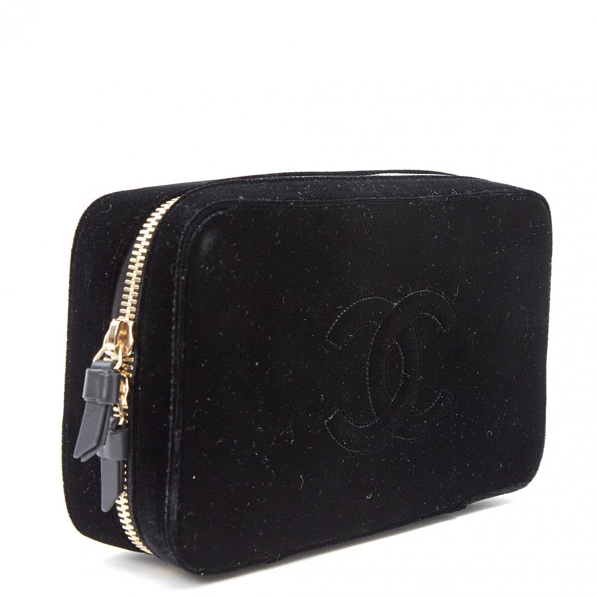 9a0d692baac948 Lyst - Chanel Velvet Clutch Bag in Black
