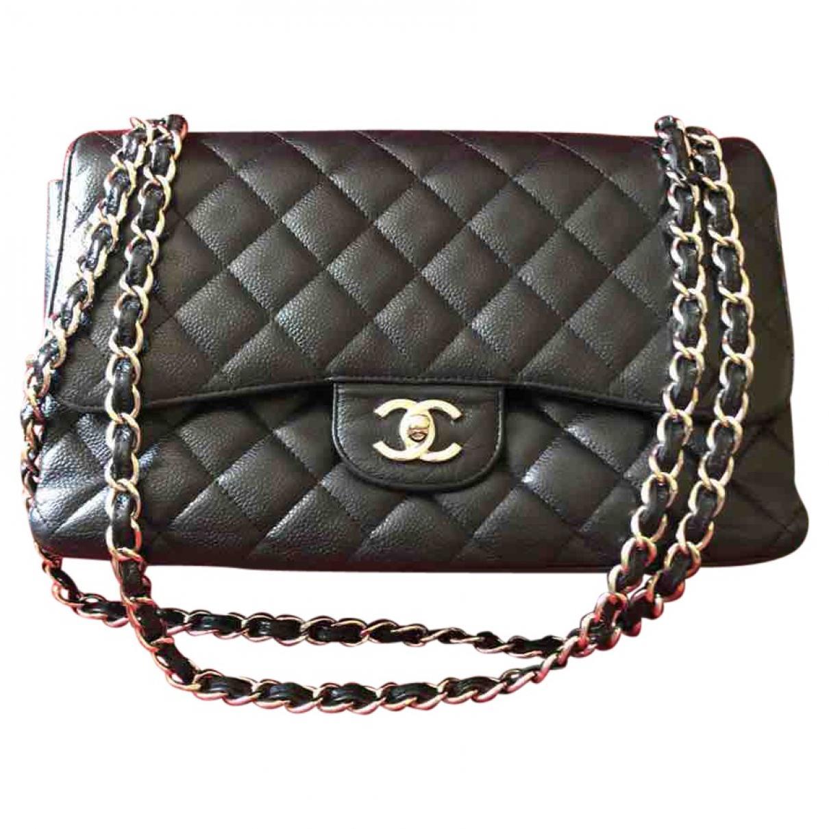 7e2fc8a1020 Lyst - Sac bandoulière Timeless en cuir Chanel en coloris Noir