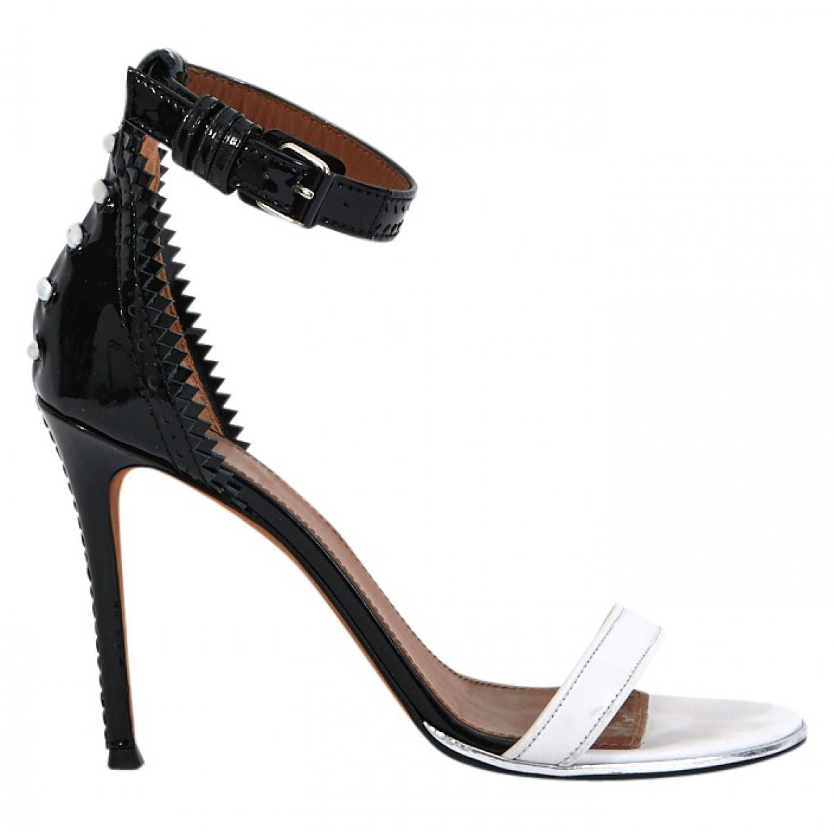 Pre-owned - Patent leather sandals Givenchy Latest Collections  Buy Cheap Shop Discount 2018 Cheap Low Cost Latest Collections Online 1wRm8Qn