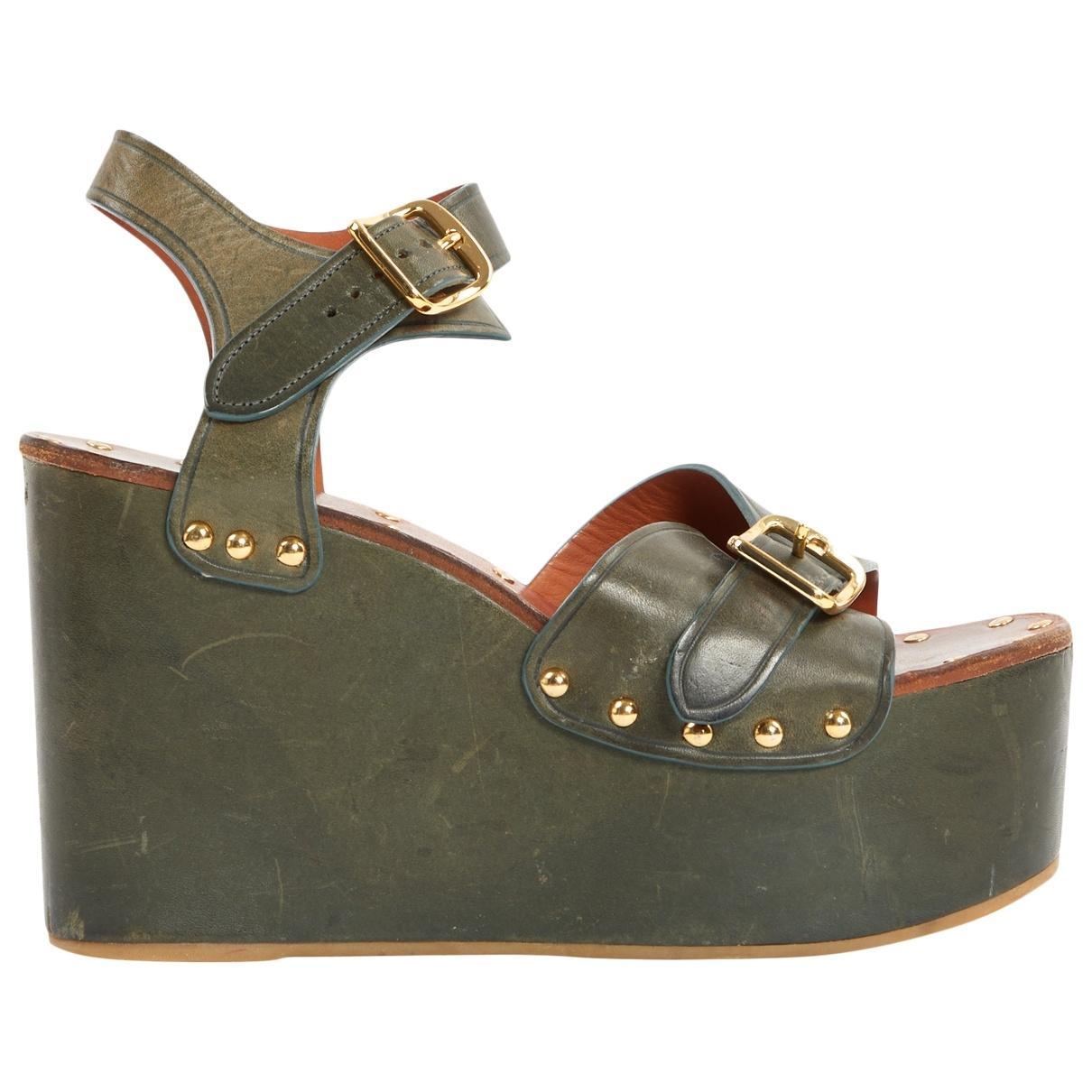 d55e3fa2d Céline. Women s Green Leather Sandals.  392 From Vestiaire Collective