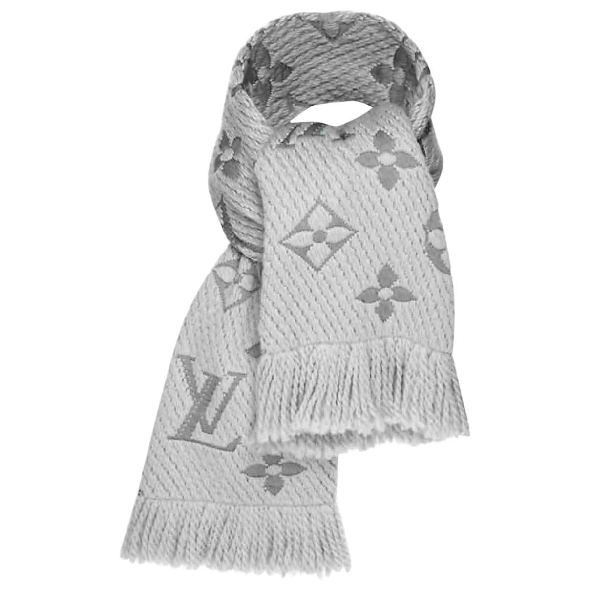 prodotto caldo una grande varietà di modelli godere del prezzo di liquidazione Louis Vuitton Pre-owned Logomania Grey Wool Scarves in Gray ...