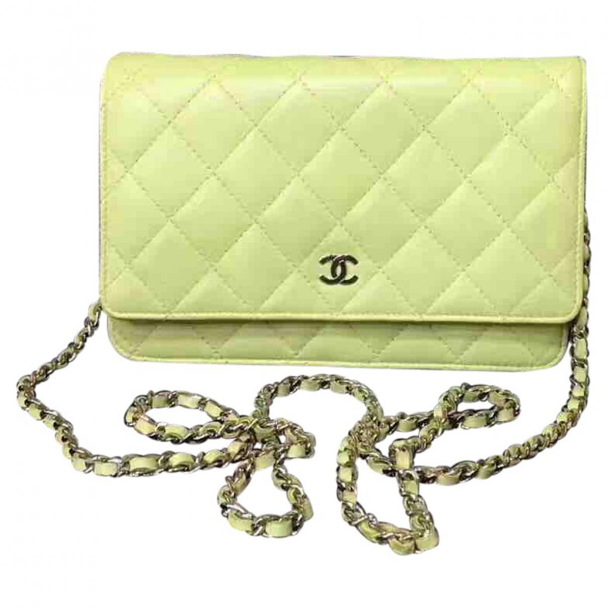 4822a7eeb227dc Lyst - Chanel Pre-owned Wallet On Chain Leather Crossbody Bag in Green