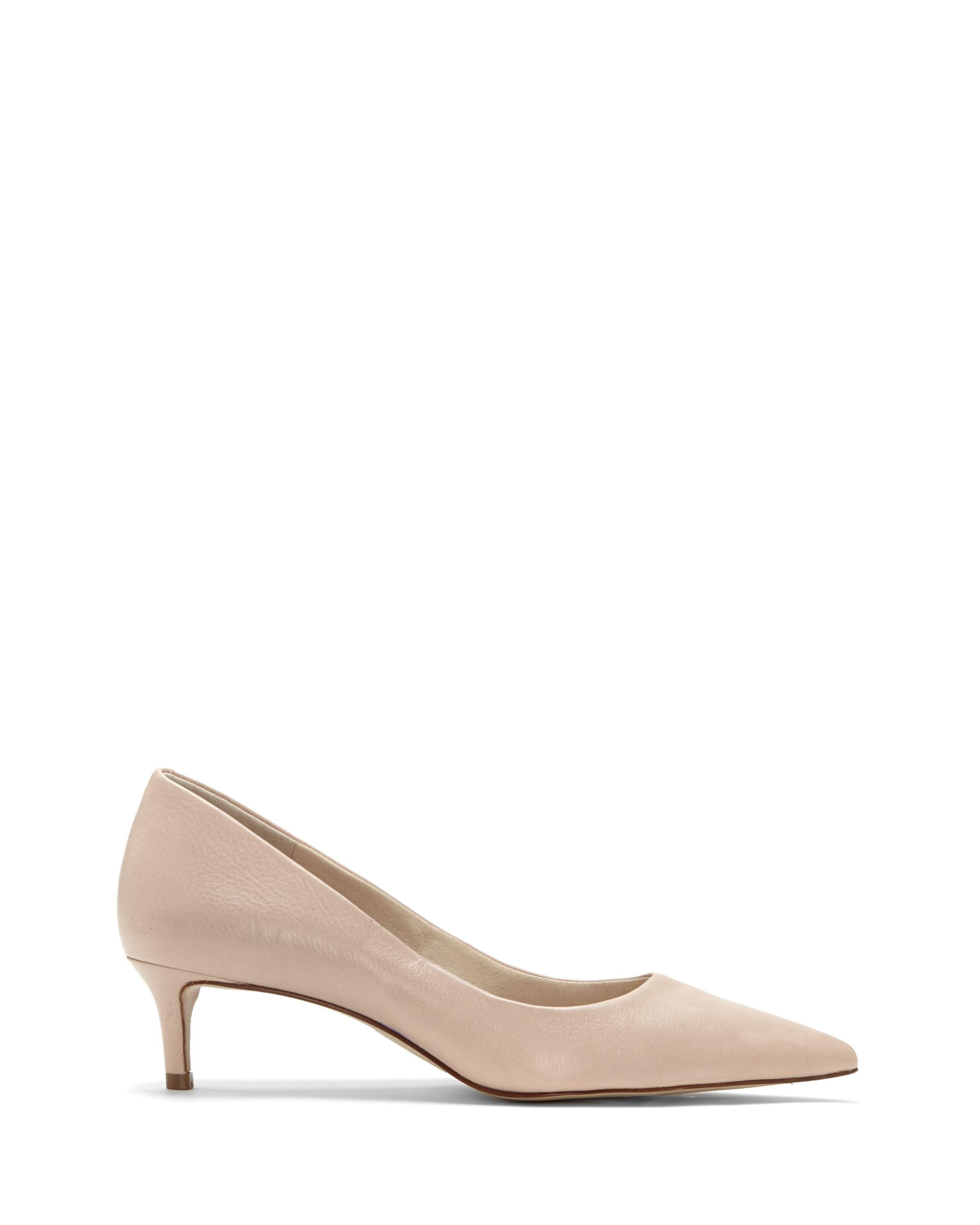 ca32af6c8e5 Lyst - Vince Camuto Louise Et Cie Jacoba – Kitten-heel Pump in Natural