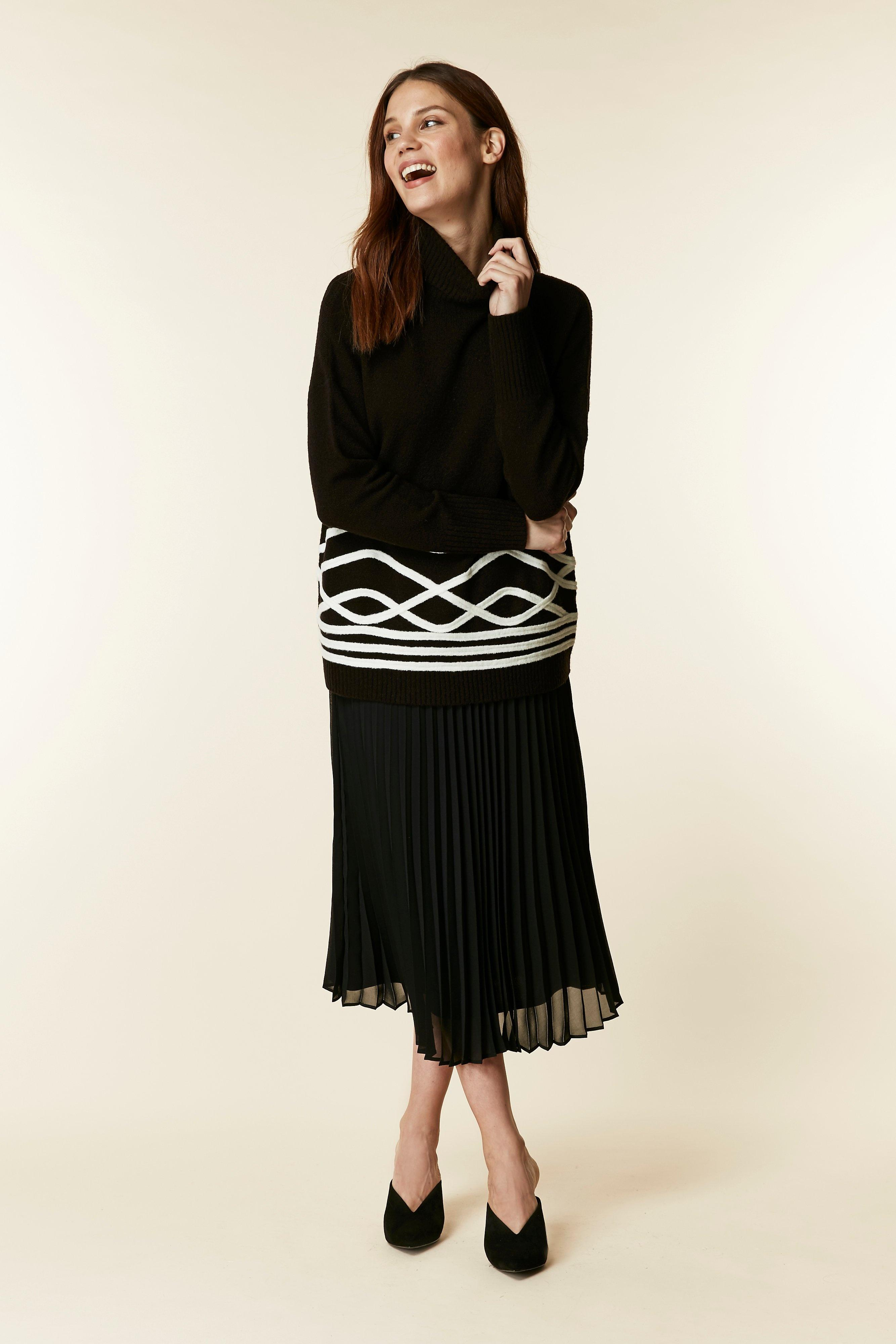 c9a5feaadb Wallis - Black Pleated Midi Skirt - Lyst. View fullscreen