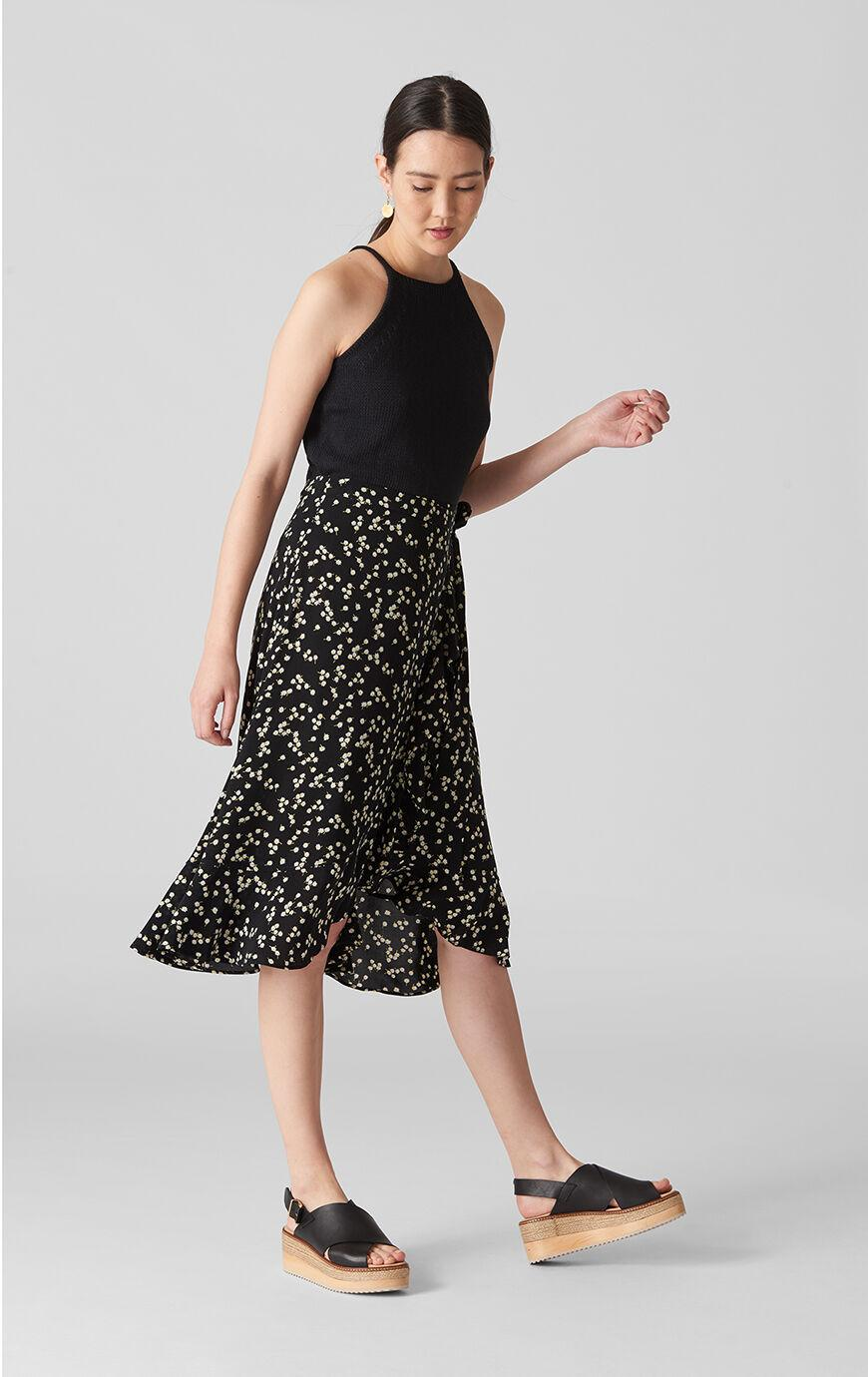 b9a7e5d2cfc4 Whistles Daisy Print Frill Wrap Skirt in Black - Lyst