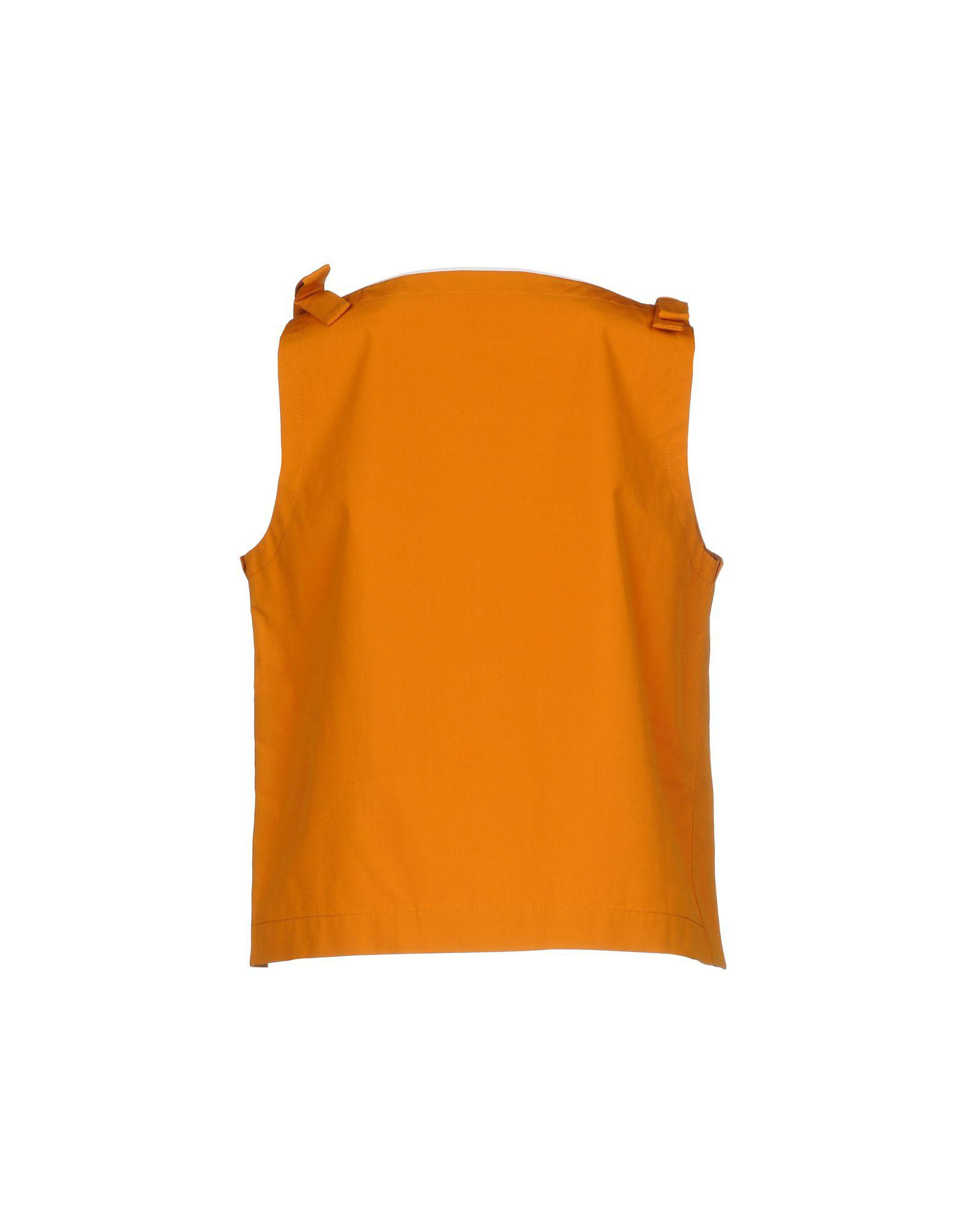 1ca7130caeaf5 Lyst - Fendi Top in Orange