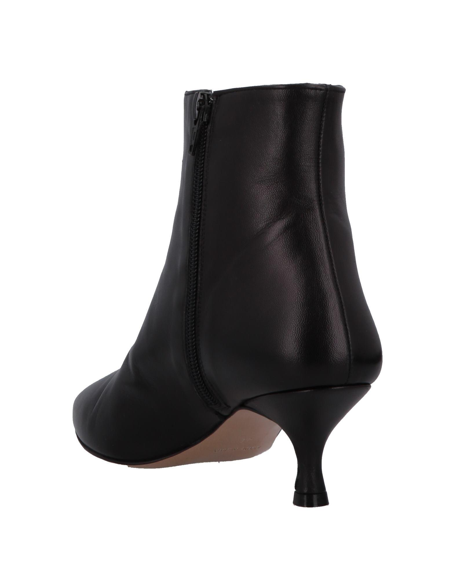 8bfa6dda1f42 Lyst - Lea-Gu Ankle Boots in Black