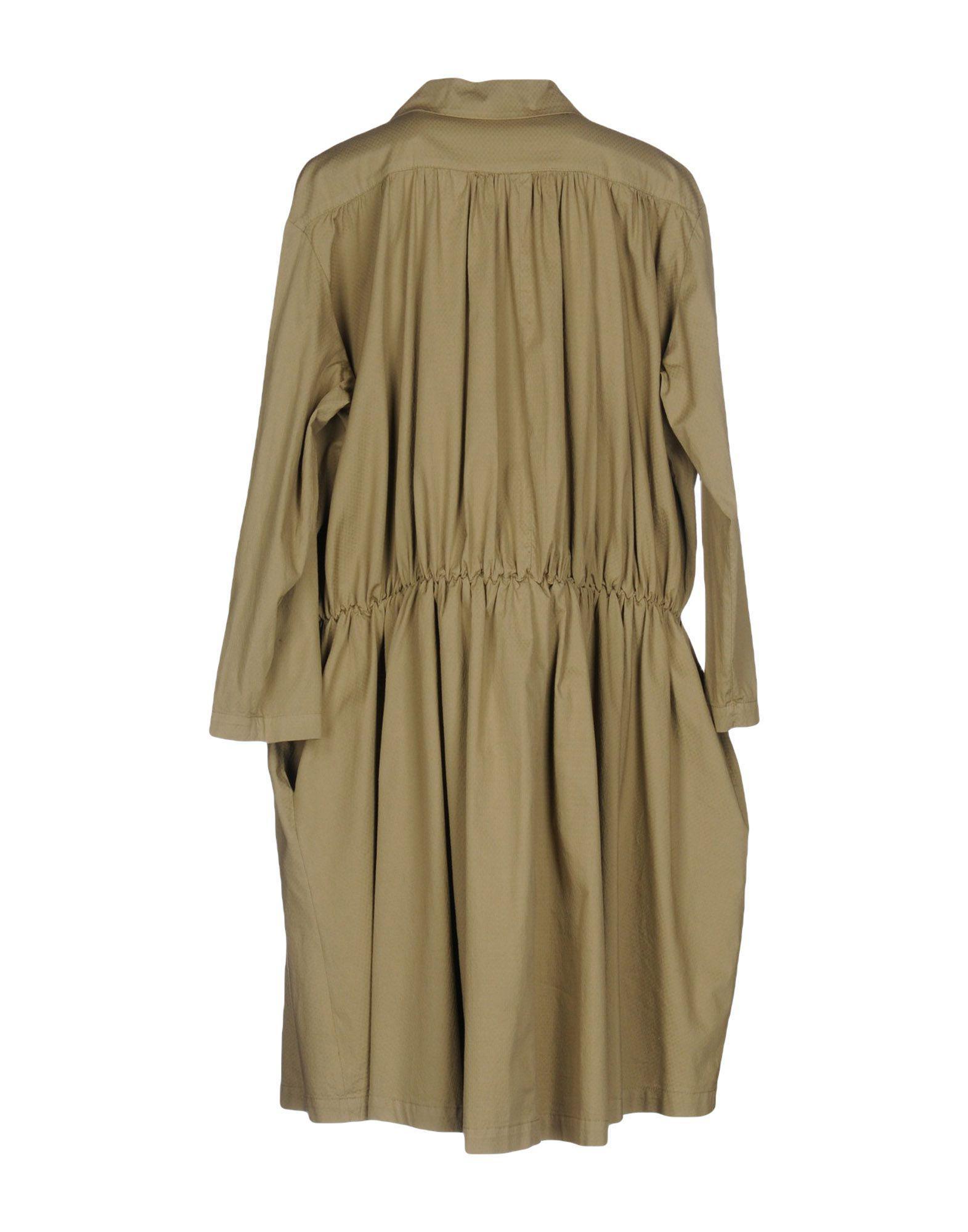 DRESSES - Knee-length dresses AVN uVNufiW
