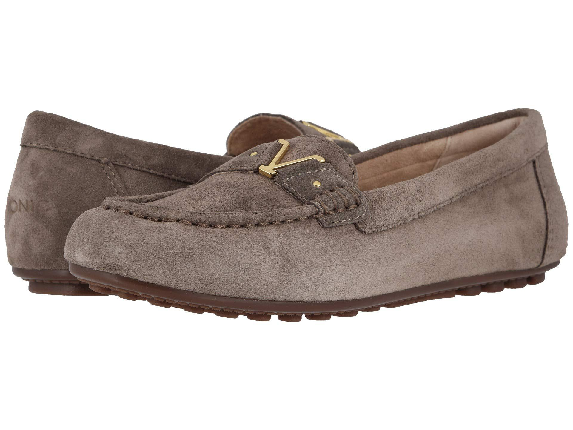 e8421cc2532 Lyst - Vionic Hilo (greige) Women s Shoes in Brown