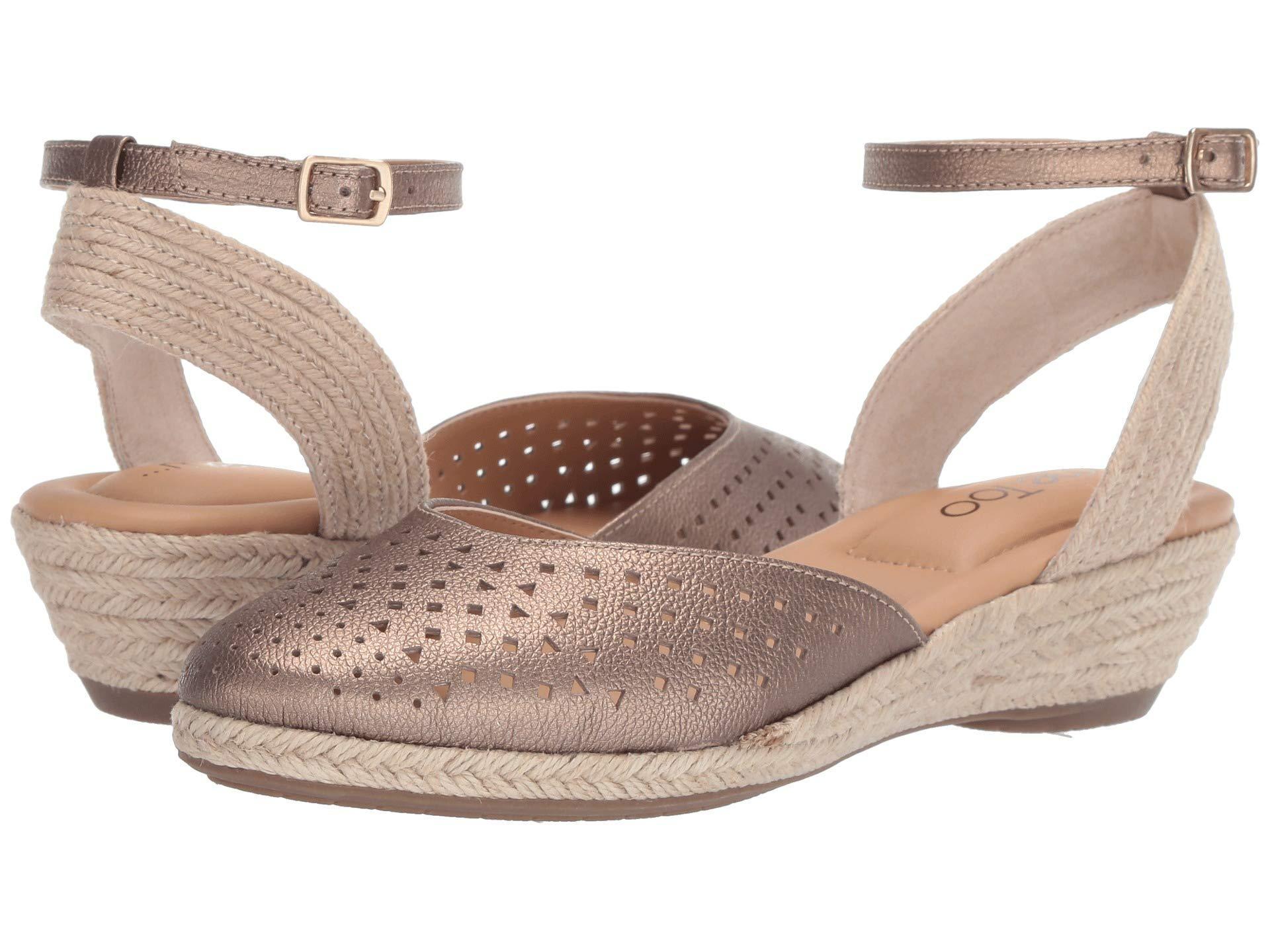129d981d0cb Lyst - Me Too Norina (mink Metallic) Women's Dress Flat Shoes