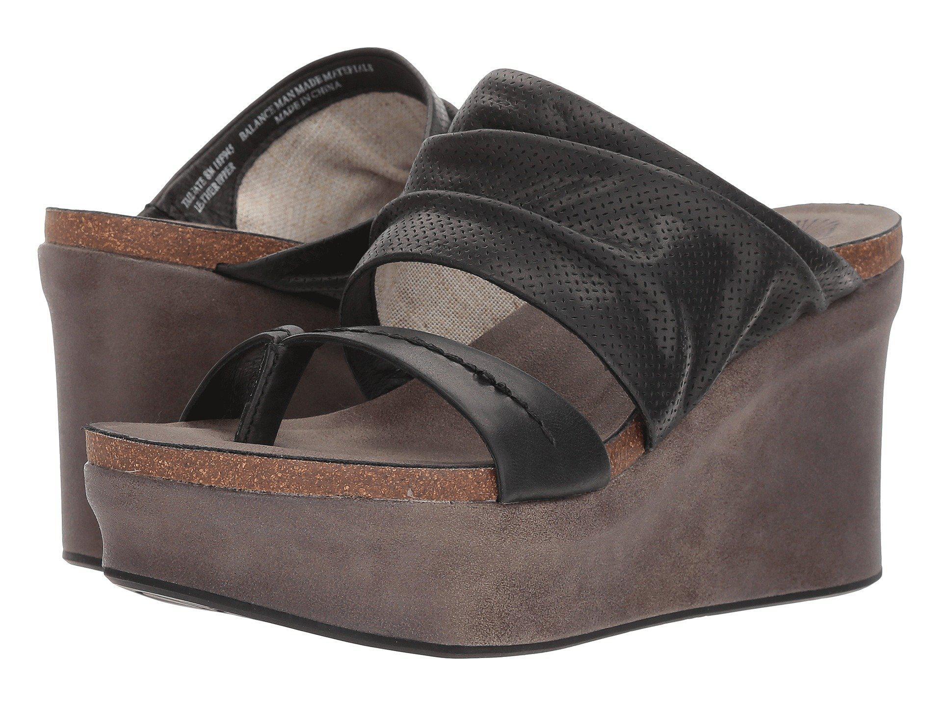 bc6e7cae8f5 Lyst - Otbt Tailgate Platform Sandals in Black - Save 1%