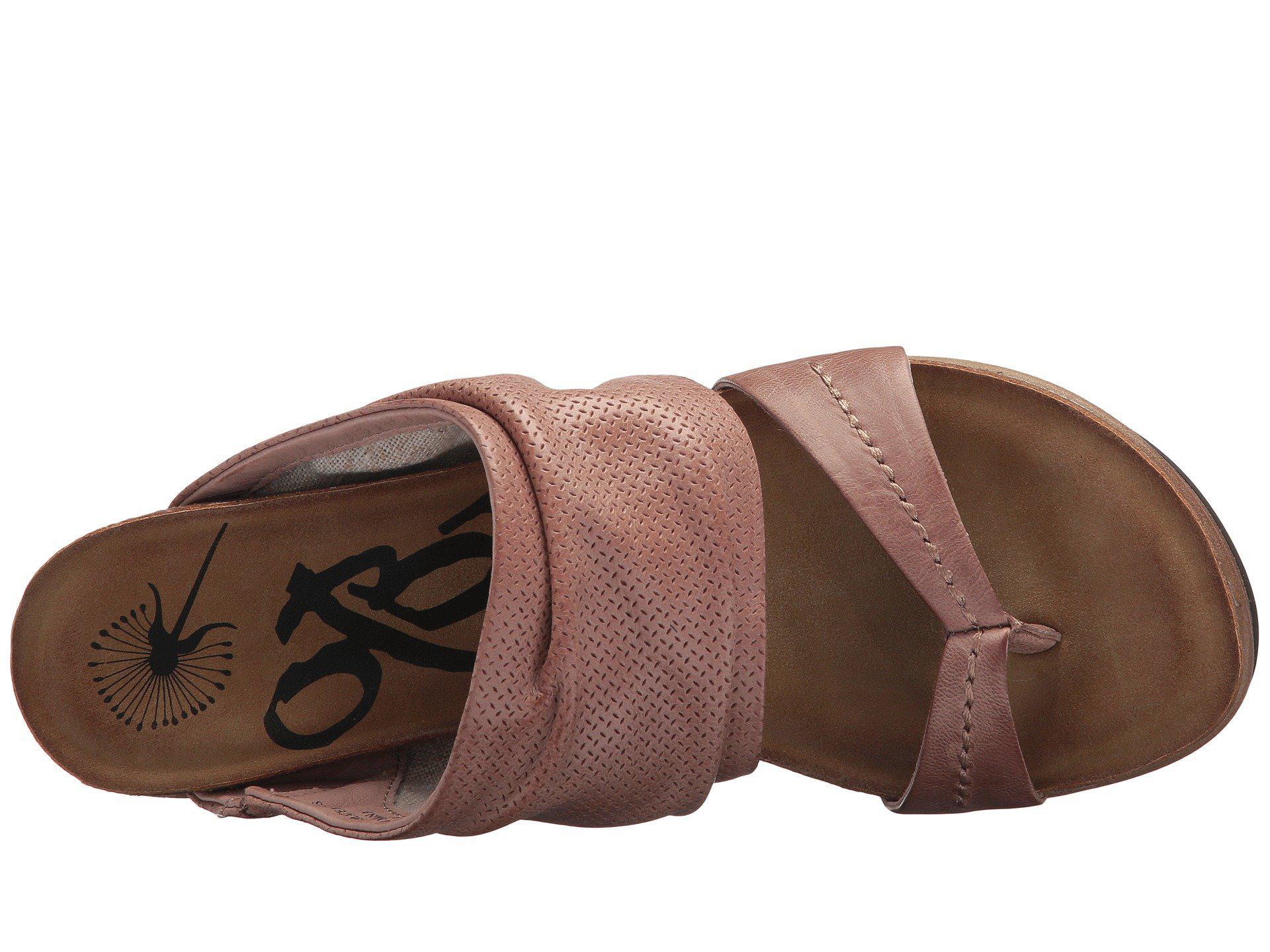097768aa03dc Otbt - Brown Tailgate (warm Pink) Women s Sandals - Lyst. View fullscreen