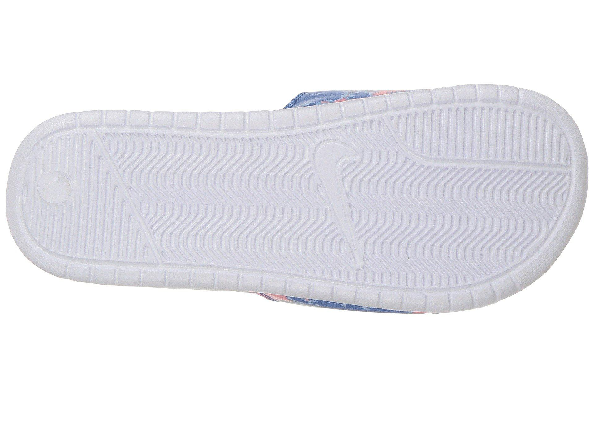 wholesale dealer 6259b 202db Gallery. Previously sold at  Zappos · Women s Nike Benassi