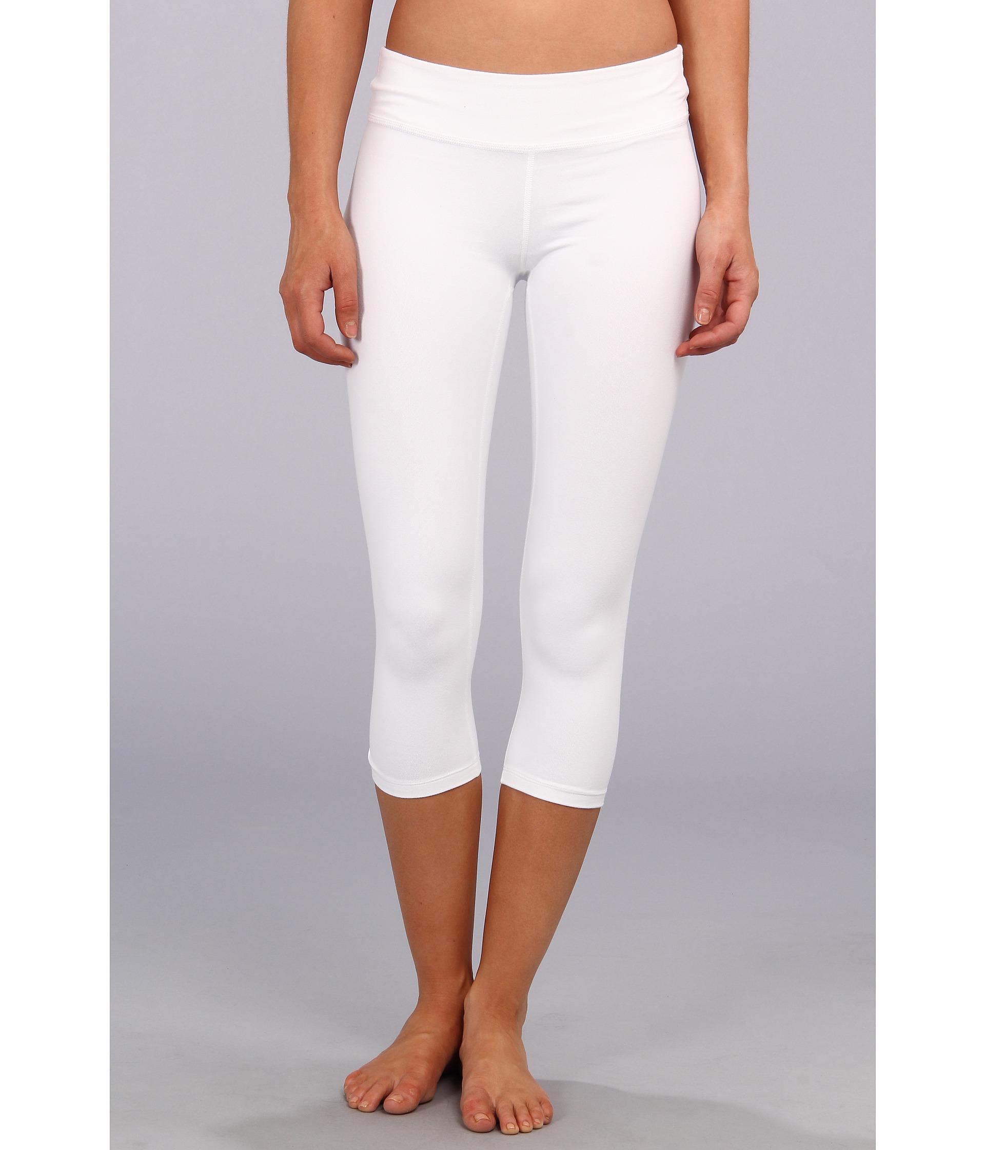 Beyond yoga Capri Legging in White | Lyst