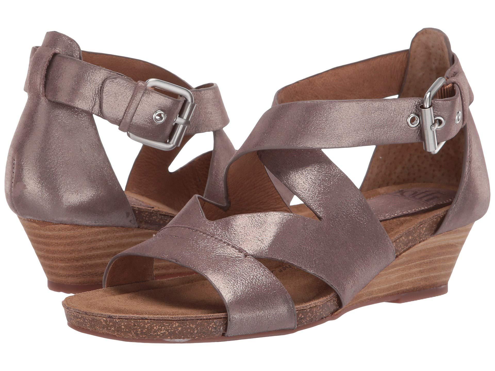690a580dc5ed Sofft metallic taupe spirit metallic vara rose gold bruce metallic womens wedge  shoes jpg 1920x1440 Metallic
