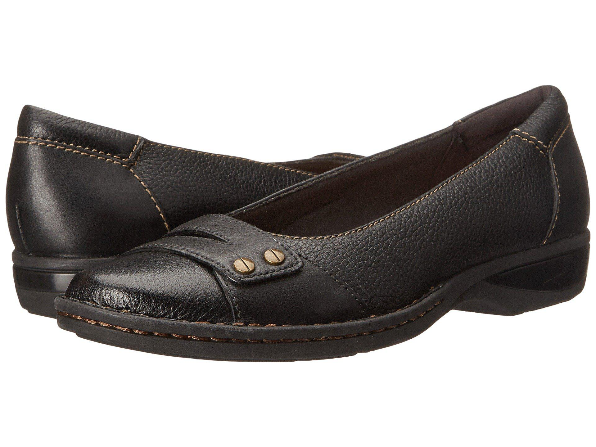 Clarks Pegg Alba Clarks- Black Leather flats