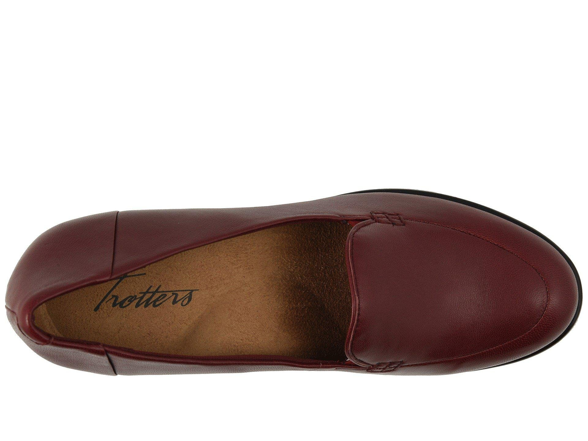 f7d12ae41b Lyst - Trotters Quincy (dark Red) Women s Shoes in Red