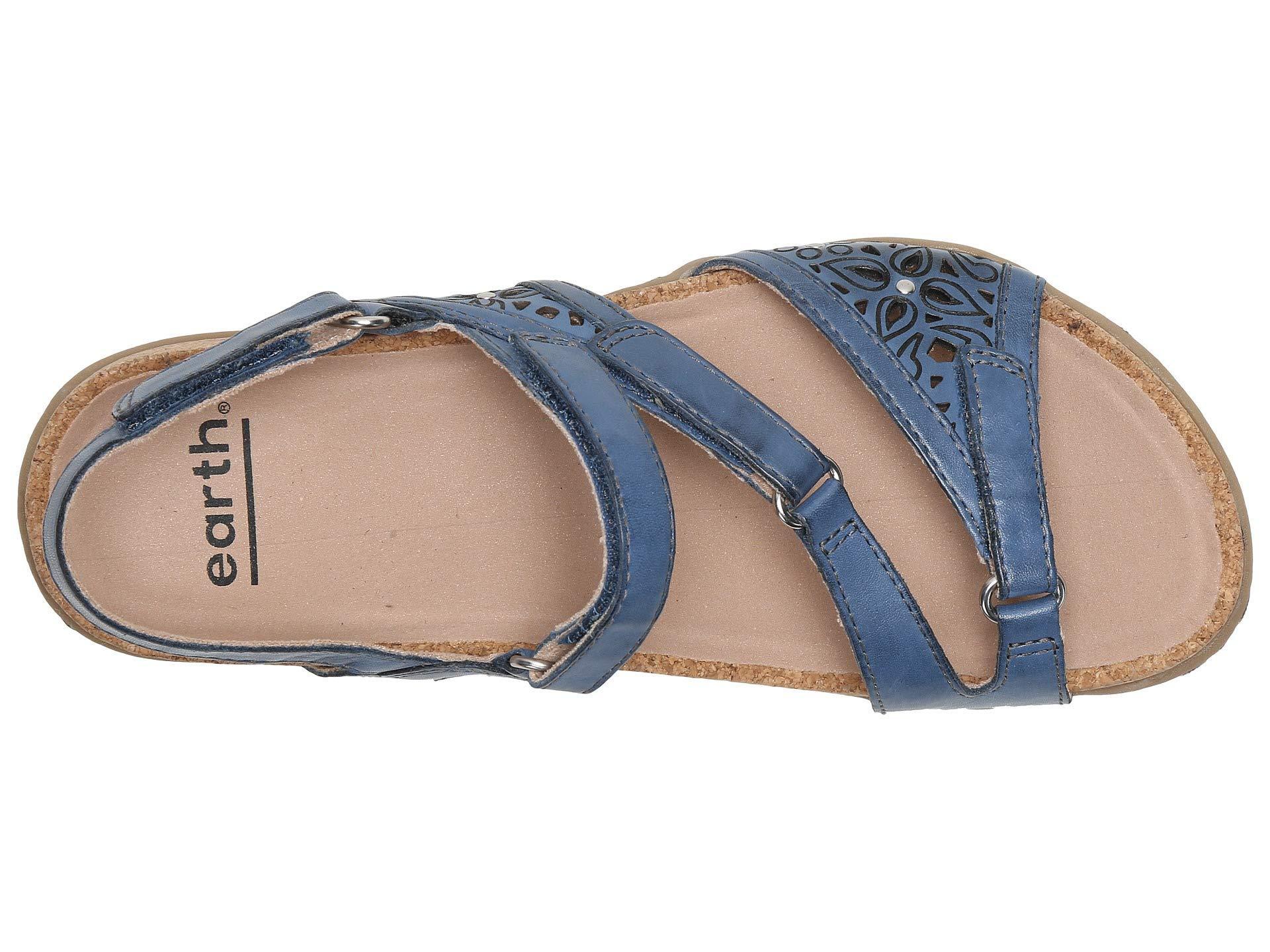 a97193e027a Earth - Blue Maui (black Soft Leather) Women s Shoes - Lyst. View fullscreen