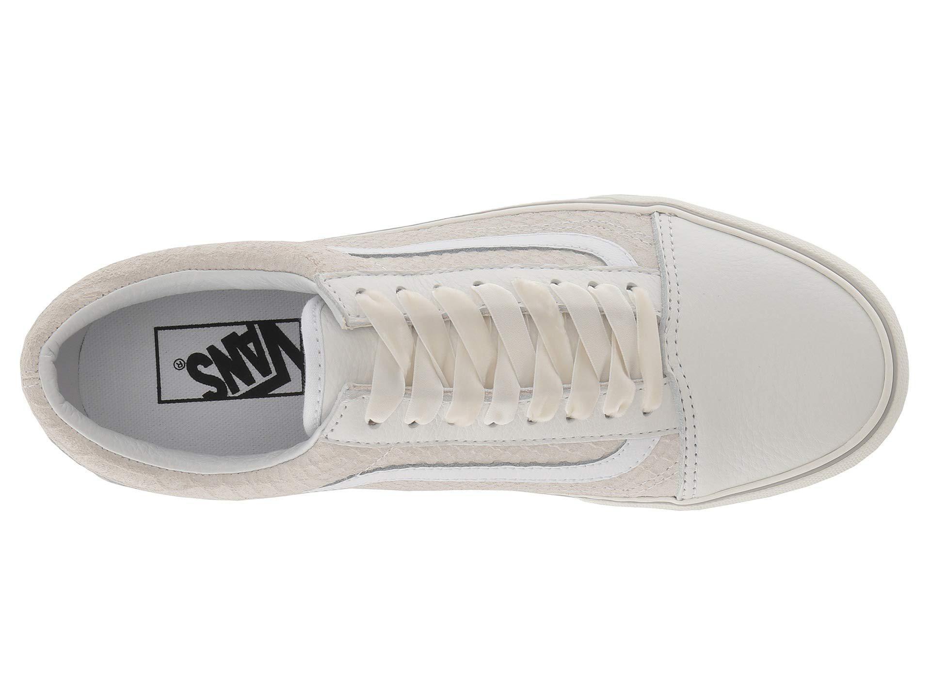 37d8fb1e4080 Lyst - Vans Old Skool Platform ((leather) Snake white) Skate Shoes ...